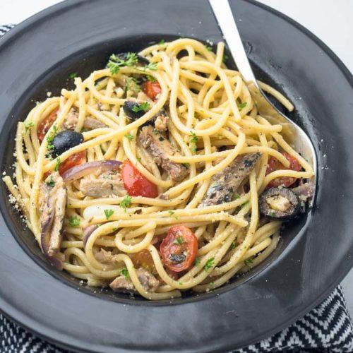 Sardines pasta in oil