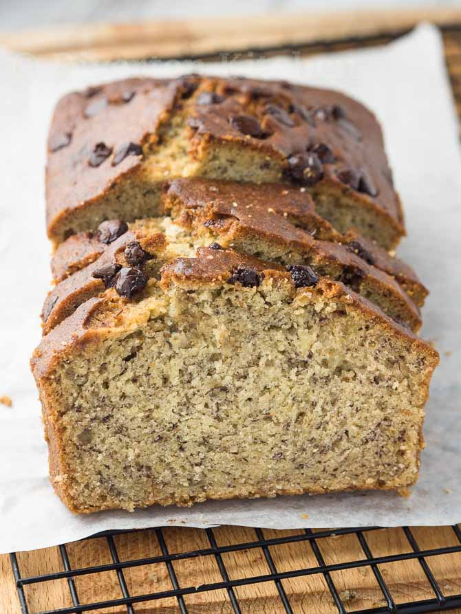banana cake chocolate chips