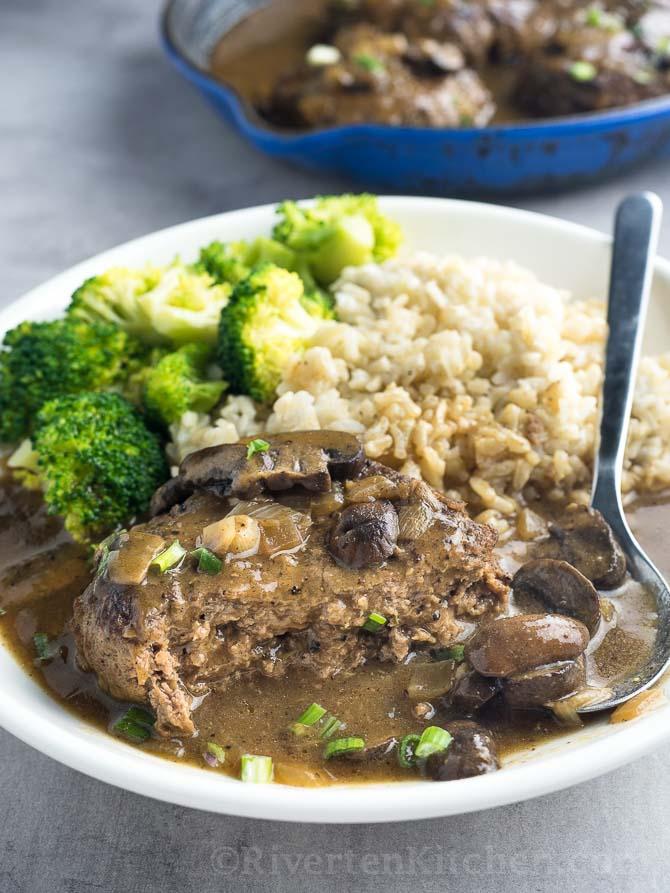 Recipe of Salisbury steak with mushroom gravy
