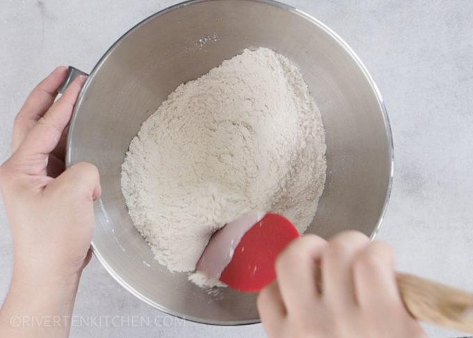 dry ingredients cinnamon rolls