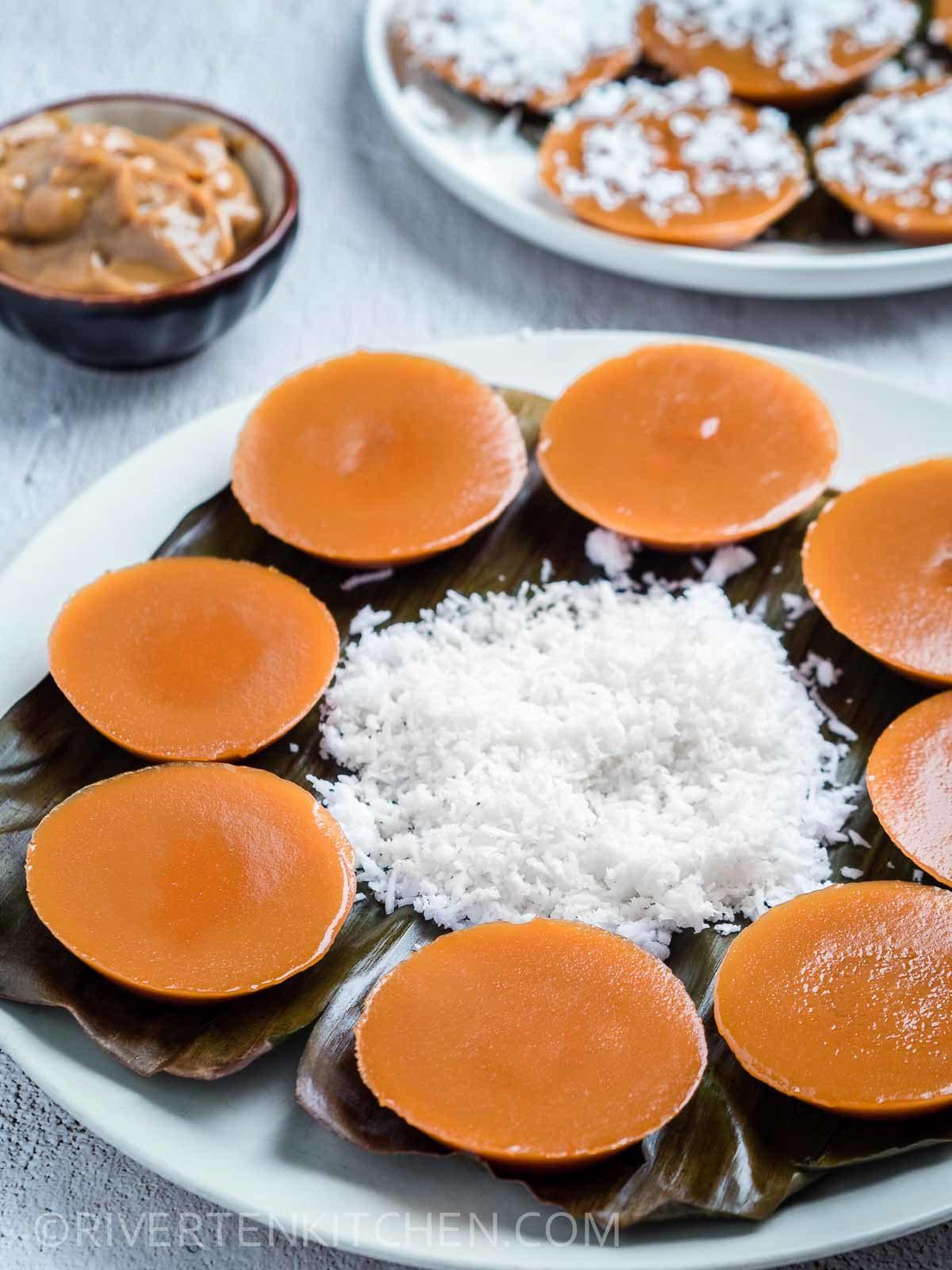 Smooth Filipino Kutsinta with Coconut