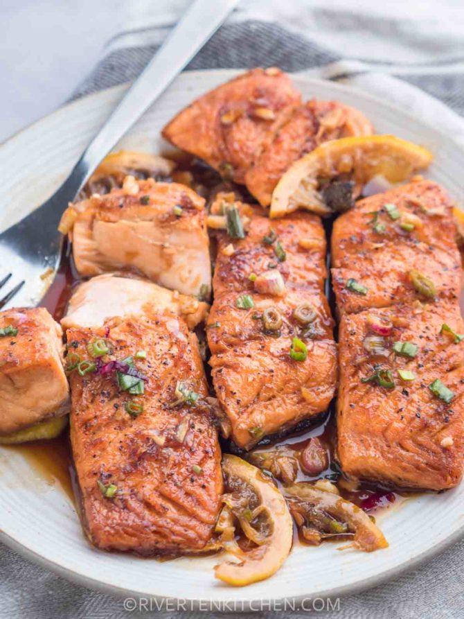 Pan Seared Salmon with Honey Garlic Sauce