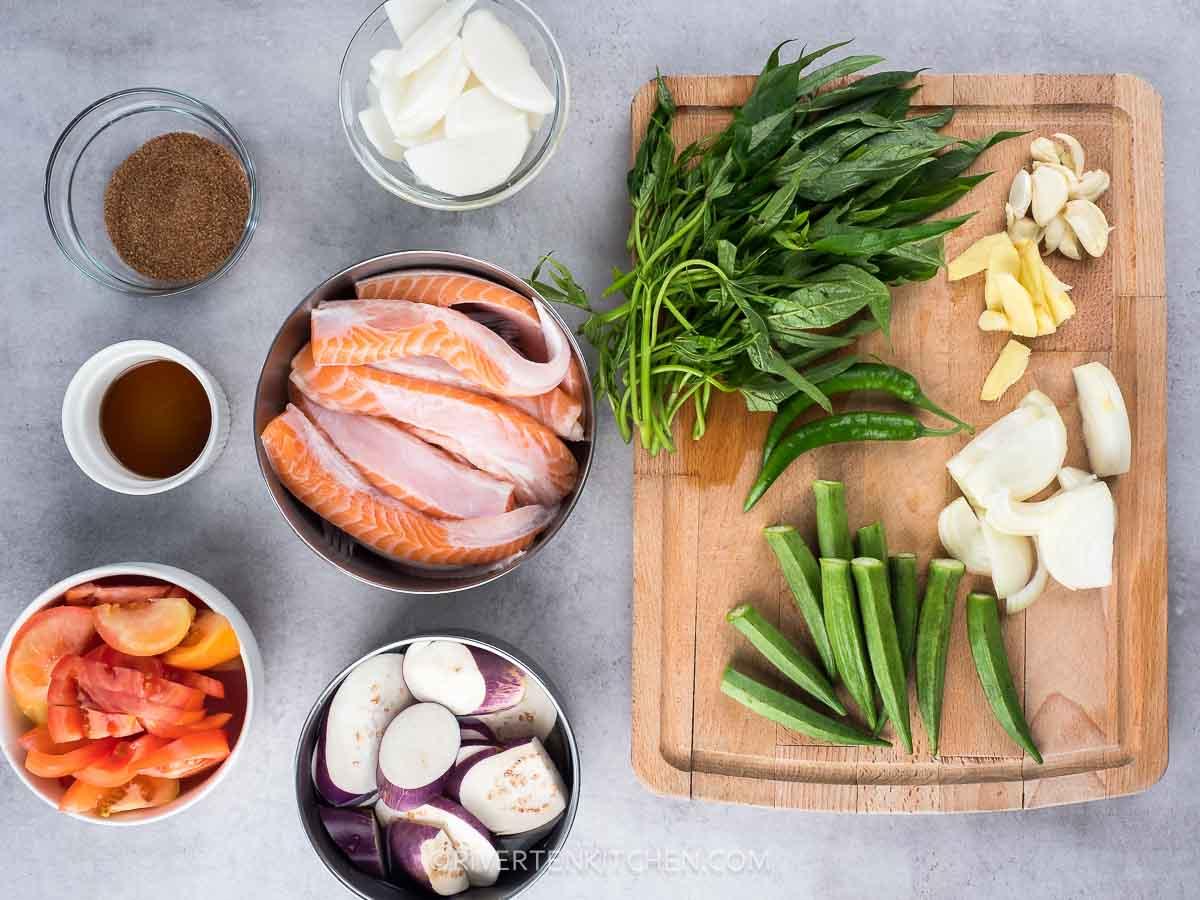 Salmon Belly, vegetables, tomatoes, fish sauce, radish, onion